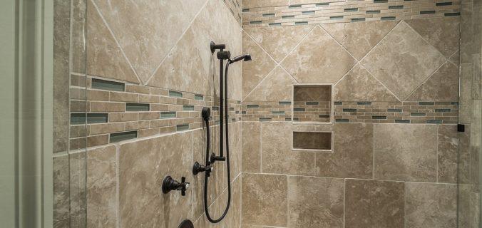 Refaire-carrelage-salle-de-bain